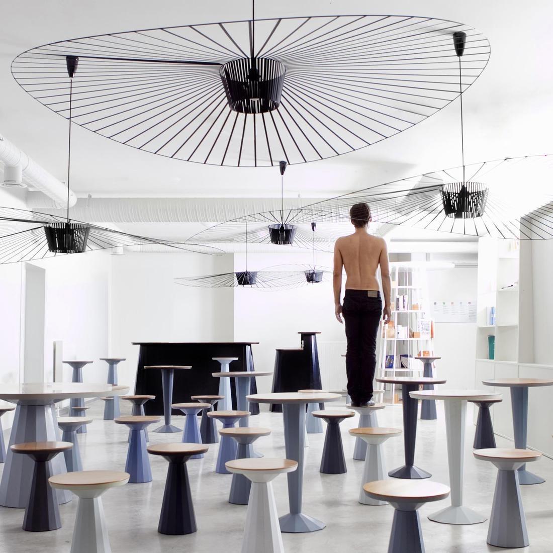 petite friture lampa wisz ca vertigo miedziana 140cm. Black Bedroom Furniture Sets. Home Design Ideas